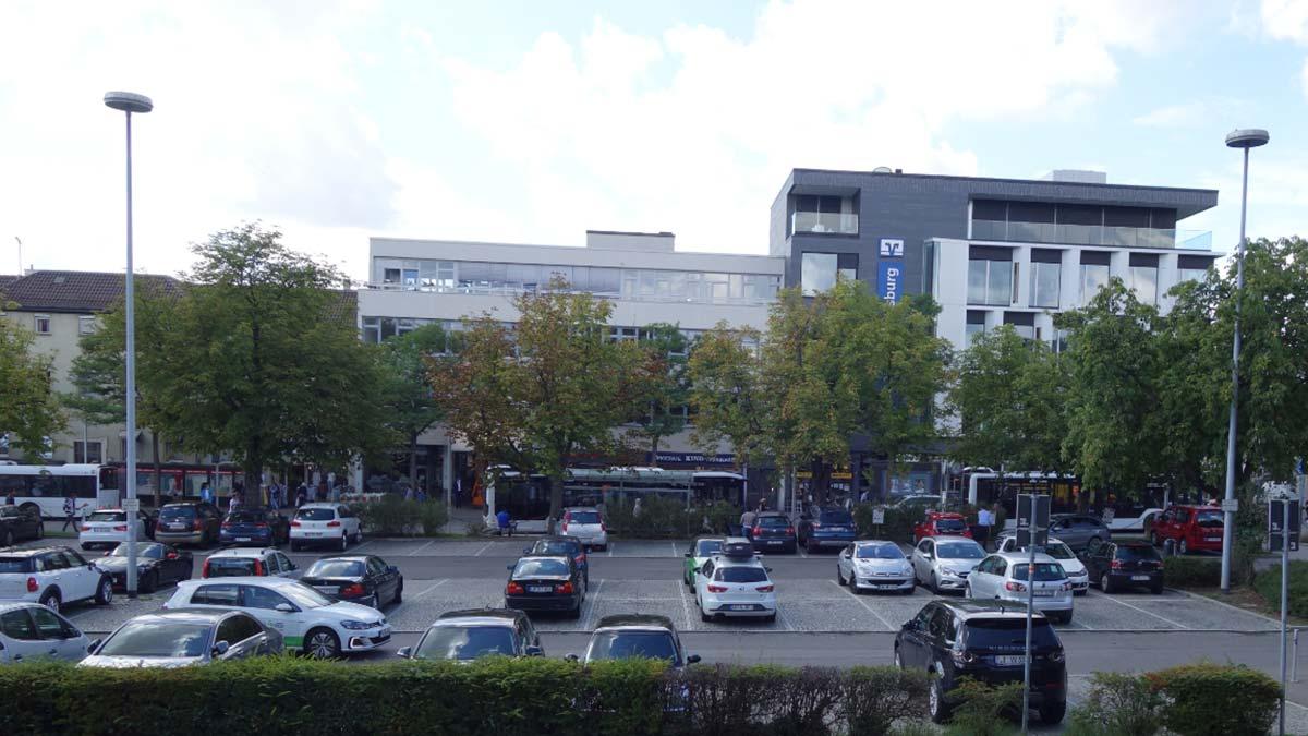 Arsenalplatz vor dem Umbau // Pop-up Innenstadt